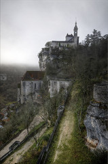 Rocamadour (Hans Kool) Tags: old mist france church rock ancient culture frankrijk oud hdr ker rocamadour fogg rots bedevaart middeleeuws nion catholisism 1024mm bedevaartsplaats