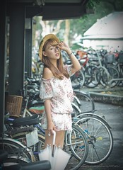 jaylin-0016 ( Jaylin) Tags: school portrait girl hat rain studio outside glasses model women university longhair taiwan straw olympus oldhouse dresses taipei mirco turf omd   jaylin m43   40150mm mzd  jelin      linjay