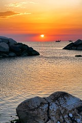 Three rocks, two boats (Mario Ottaviani Photography) Tags: sony sonyalpha sea seascape dawn alba italy italia paesaggio landscape travel adventure nature scenic exploration view vista breathtaking tranquil tranquility serene serenity calm walking rocks boats gabicce