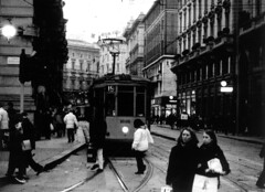 Milano (Marco Borghi) Tags: darkroom canon blackwhite biancoenero canoneos3 pellicola analogico cameraoscura blackwhitephotos marcoborghi