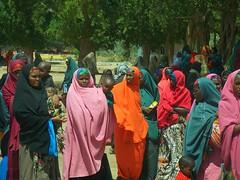 Women in Afgoye (fmesko) Tags: somalia marka k50 k60 afgooye afgoye