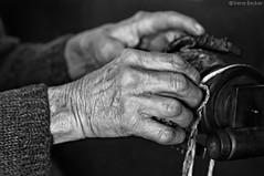 Hands (Irene Becker) Tags: awoolspinningwheel handmade imagesofserbia taramountain taranacionalnipark zapadnasrbija bw hands predivo spinningwool tradition woman novavezanja zlatibordistrict serbia balkan bestcapturesaoi blackandwhite monochrome