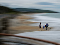 Earthspin.jpg (Ian@NZFlickr) Tags: family girls dog beach stclair spin nz dunedin