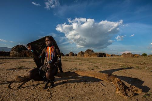 girl Erbore tribe, omo valley