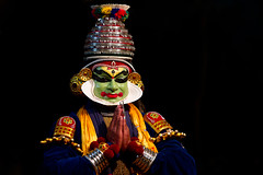 Kathakali (Popeyee) Tags: pictures show music india male art face painting temple photography photo dance paint flickr artist gallery foto photographer natural image photos folk album kali stage indian south traditional performance picture expressions folklore kerala dancer images literature southern acting form tradition bild krishna hindu performer hinduism kala mythology act rama 2012 gallary ramayana katha mudra mahabharata krishnanattam popeyee ramanattam