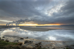 River Mersey (Jeffpmcdonald) Tags: uk westbank powerstation widnes fiddlersferry rivermersey platinumheartaward stunningskies nikond7000 jeffpmcdonald mygearandme mygearandmepremium mygearandmebronze mygearandmesilver mygearandmegold ringexcellence tplringexcellence dec2012 flickrstruereflection1 flickrstruereflection2 eltringexcellence rememberthatmoment1 rememberthatmomentlevel1 rememberthatmomentlevel2 rememberthatmomentlevel3 rememberthatmoment2