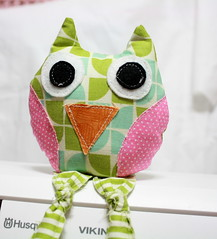 owl10 (sewinluv) Tags: sewing fabric owl quilting pincushion applique