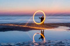 DSC_0168 (Patrick Herzberg) Tags: longexposure light holland dutch strand licht zonsondergang nikon nederland thenetherlands avond noordwijk weerspiegeling steelwool avondfotografie langesluitertijd staalwol d5200