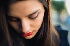 19/365 Viernes de retrato // Portrait friday (Jose Luis Suerte ) Tags: girl woman portrait beautiful gorgeous redlips lipstick retrato mujer 50mm nikon dof bokeh