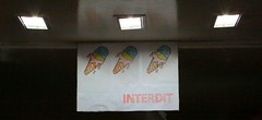 Glaces interdites (Pi-F) Tags: 3 lumire glace pancarte magasin entre affiche cornet interdiction interdit