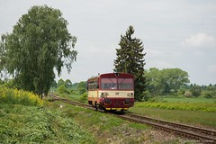 10 572 CD - Lne (Giovanni Grasso 71) Tags: lne imelice 10 572 749 cd ferrovie repubblica ceca nikon d610 giovanni grasso auromotrice diesel bus locomotiva