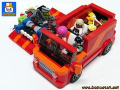 VAN 03 (baronsat) Tags: lego custom van model minifig scale instructions