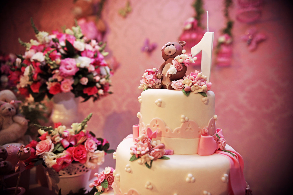 Food Lon Wedding Cake