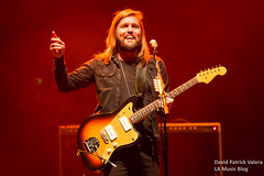 Band_of_Skulls_The_Wiltern_0001 ([ValCo]) Tags: bandofskulls concertphotography dv8 dv8concert gigphotographer kcrw lamusicblog lamb live losangeles mothers movingunits musicphotography thewiltern