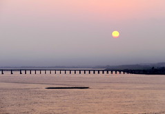 River Tay Sunset (eric robb niven) Tags: ericrobbniven scotland dundee sunset landscape tay rivertay summerwatch