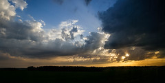 Sunset II (gwilwering) Tags: clouds landscape nature outdoor panorama sky sun sunset        sonya350