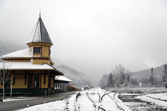 Colors of Nature.... (MRD Images) Tags: railroad autumn snow fall station train canon eos newengland newhampshire rail nh snowing 2012 week45 crawfordnotch 522012 52weeksthe2012edition weekofnovember4