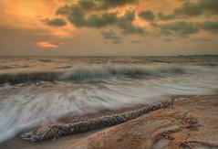 An Evening at Pengkalan Balak (Shamsul Hidayat Omar) Tags: sunset sea seascape tourism beach photography evening wave scene malaysia hdr highdynamicrange melaka pantai ombak photomatix greatphotographers 4exp matahariterbenam pengkalanbalak nikond90 nikonhdr shamsulhidayatomar