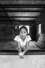 Claridad (Camila Curiel) Tags: blancoynegro tren metro vietnam retratos luis canaima nuevayork indias viejas peluqueria fotoarte tarea claridad cafecafecafe camilacuriel cuidadoconloquesuenas rinconsusurros