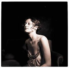 lieblingsbild (pixelwelten) Tags: portrait art analog mediumformat kunst hamburg sensual nah analogue delicate intimate pentaconsix mittelformat nachhaltig rdigerbeckmann beyondvanity jenseitsvoneitelkeit