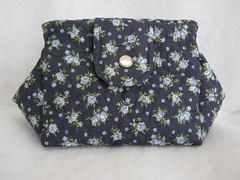 Bolsinha Japonesa (Zion Artes por Silvana Dias) Tags: quilt patchwork bolsa bolsinha necessaire bolsinhajaponesa necessairepatchwork necessairetecido zionartes