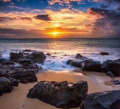 Suprise Beach Maui (mojo2u) Tags: sunset beach hawaii maui polynesianshores nikond700 nikon28300mm