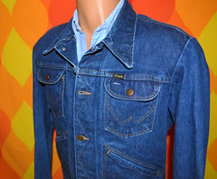 wrangler jean jacket 4 (Skippy Haha Vintage) Tags: original shirt vintage clothing soft hipster tshirt retro clothes rocker 80s 70s etsy thin 1970s 1980s authentic vintagetshirt 80stee skippyhaha 80stshirt 70stshirt shvintage 70stee 80svintagetshirt 70svintagetshirt 1980stshirt 1970stshirt