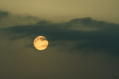 Esfera Naranja (J13Bez) Tags: 55200 agua amanecer costa d3200 estrecho mar puntacarnero rocas sol