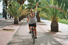 Cruising around Barcelona. (PeeterTomson) Tags: eurotrip barcelona spain good times explore travel enjoy beach bike velo palmtrees paradise fujifilm superia 200 yashica autofocus motor girl rabbitbikes film