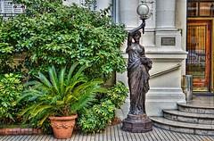 D52_DSC_6523zaB (A. Neto) Tags: buenosaires d5200 nikon nikkor35mmf18 argentina color statue plant architecture building art