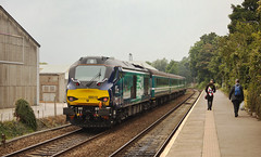 68019 Brundall 19/08/2016 (Flash_3939) Tags: 68019 brutus 68016 fearless class68 diesel locomotive drs directrailservices anglia mk2 locohauled abellio greateranglia 2p29 brundall station wherrylines angliaplusrover rail railway train uk august 2016