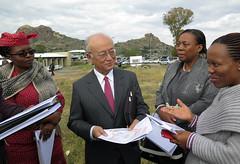 Yukiya Amano visits site to new cancer centre in Maseru (01811093) (IAEA Imagebank) Tags: lesotho cancercentre maseru