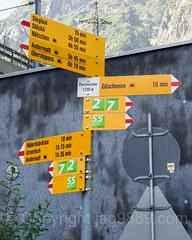 Ferchencher Hiking Trail Direction Pole, Gschenen, Uri, Switzerland (jag9889) Tags: jag9889 marker schllenenschlucht switzerland schllenen outdoor 2016 uri gschenen text centralswitzerland trail hiking 20160811 sign europe gorge directions 6487 alpine ch cantonofuri gesschenden goeschenen goschenen helvetia innerschweiz kantonuri schweiz suisse suiza suizra svizzera swiss zentralschweiz
