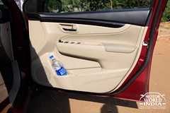 Maruti-Suzuki-Ciaz-Interior-Rear-Door (2)