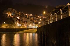Cuideiru de nueche (luisetegt) Tags: cudillero asturias nocturna noche pueblopesquero puerto