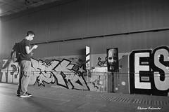Metro station (Eleanna Kounoupa) Tags: ελλάδα αθήνα greece athens metrostation street people σταθμόσμετρό δρόμου άνθρωποι bw blackwhitephotos blackandwhite μαυρόασπρεσ γκράφιτι graffiti