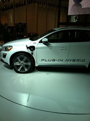 VW Plug-In Hybrid Electric Vehicle (Greenlivingguy) Tags: cars greencars electriccars greenliving greenbusiness pluginhybridelectricvehicle greenguruguides greenlivingnews