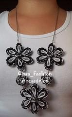 Colares de Flores (Cissa_Fashion) Tags: primavera bijoux jewerly bijuterias bijouterias flordetecido flordevis maxicolar maxcolar