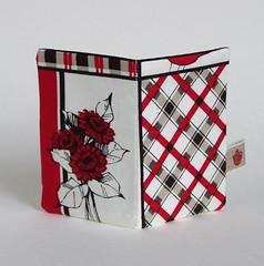 Red flower card holder (sharlenejm) Tags: cardholder madeit upcyclecraft sharlzndollz sharlenejonesmartin