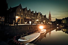 before sunset  in Bruges (dawvon) Tags: world city longexposure travel sunset architecture night reflections dark landscape ed boats canal twilight nikon europe cityscape nightshot belgium zoom streetlamps brugge wideangle clear westvlaanderen bruges nikkor f4 vr afs historicalbuildings lenses churchofourlady flanders dijver zoomlens westflanders  splittone onzelievevrouwekerk vlaanderen f4g 1635mm fmount vibrationreduction kingdomofbelgium vr2 vrii wideanglezoom glisenotredame flemishregion vlaamsgewest nanocrystalcoat afsnikkor1635mmf4gedvr 1635mmf4gvr