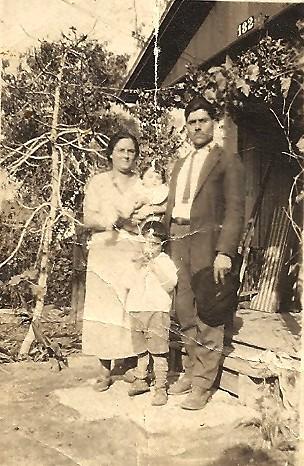 Los Abuelos... Aminadab Jr. and mom the baby 1925