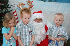 IMG_2956 (drjeeeol) Tags: santa animal katie charlie will triplets toddlers 2012 refuge backtonature 50monthsold