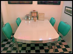Lost in the Fifties (Dusty_73) Tags: beer century america vintage table fifties chairs burger culture diner retro fries american fresno 1950s farms jukebox birch doo mid malt wop simonian