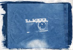 Zorki 1, luxury cover (O9k) Tags: camera analog analogue largeformat cyanotype cameraporn alternativeprocess russiancamera selfdeveloped jupiter8 altprocess zorki1 leicacopy homedeveloping russianlens sovietcamera sovietlens