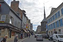 2016.06.28.055 HONFLEUR - (alainmichot93 (Bonjour  tous)) Tags: 2016 france normandie seinemaritime honfleur architecture rue faade toit fentre colombages