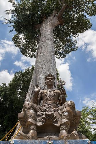 2016/07/25 11h29 Sao Intakhin (Wat Chedi Luang)