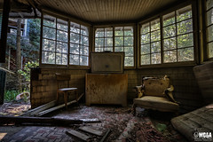 Your eyes show the strength of your soul (Abandoned Rurex World.) Tags: manoir abandonn abandon hdr 2016 urban urbex mga explored abandoned forest mansion lost place old vintage decay derelict ue exploration urbaine canon 1022mm 70d forgotten home memento mori