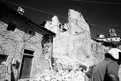 Castelluccio di Norcia (vito.nobile) Tags: castelluccio norcia terremoto bn bw pietre stone disastro disaster umbria italia italy sisma tremor
