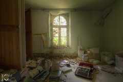 Schools Out 03 (Kristof Ven - beauty in decay / urbex -) Tags: schoolsout ue urbex urban exploration beauty decay abandoned