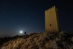 El hombre y la torre (omar huerta) Tags: torre santacara castillo navarra ruina luna moon persona fotografianocturna largaexposicion ledlenser maglite aputure nikon fullframe d610 tamron vanguard endeavor